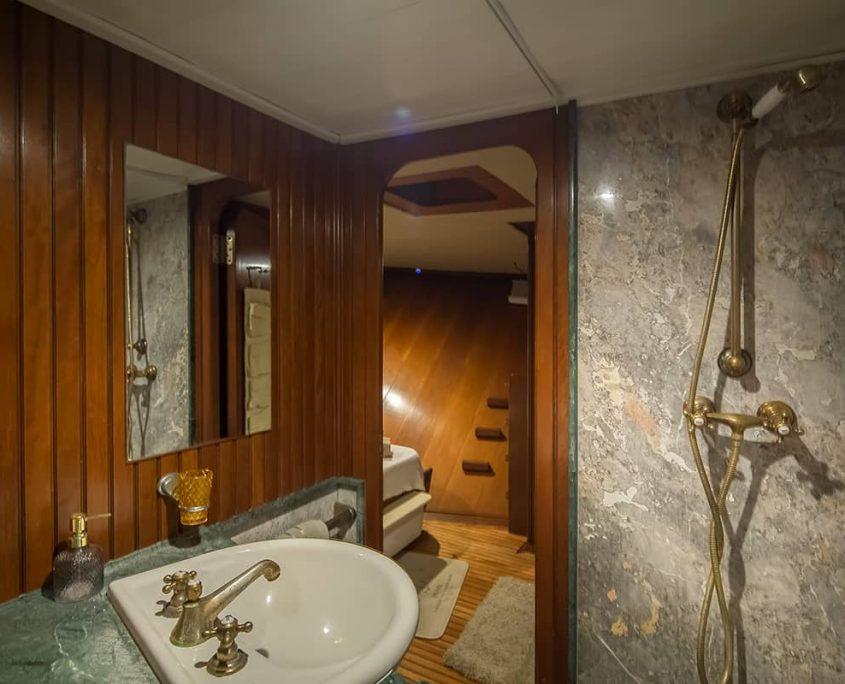 SUMMER PRINCESS Bathroom
