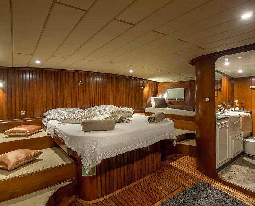 SUMMER PRINCESS Master cabin