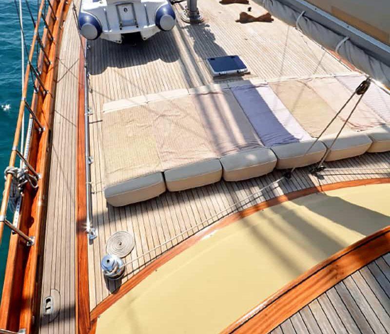 ARTEMIS & SIMAY Sun deck