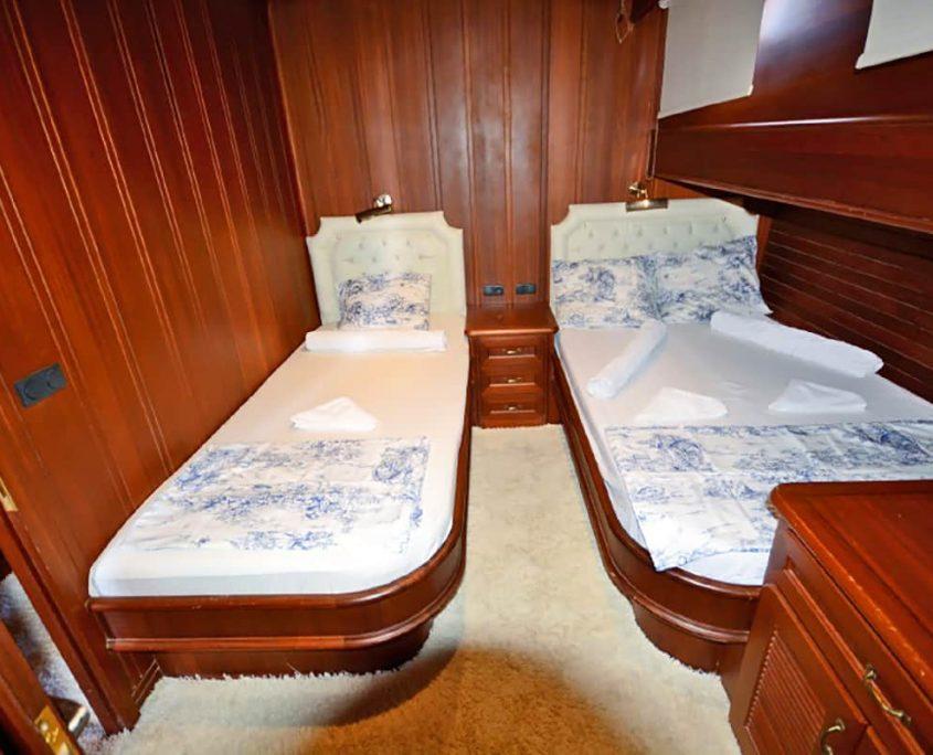 ARTEMIS & SIMAY Twin cabin