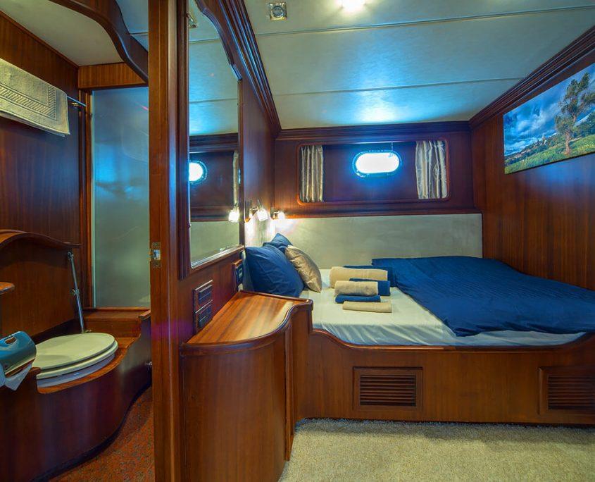 Alba Double Cabin