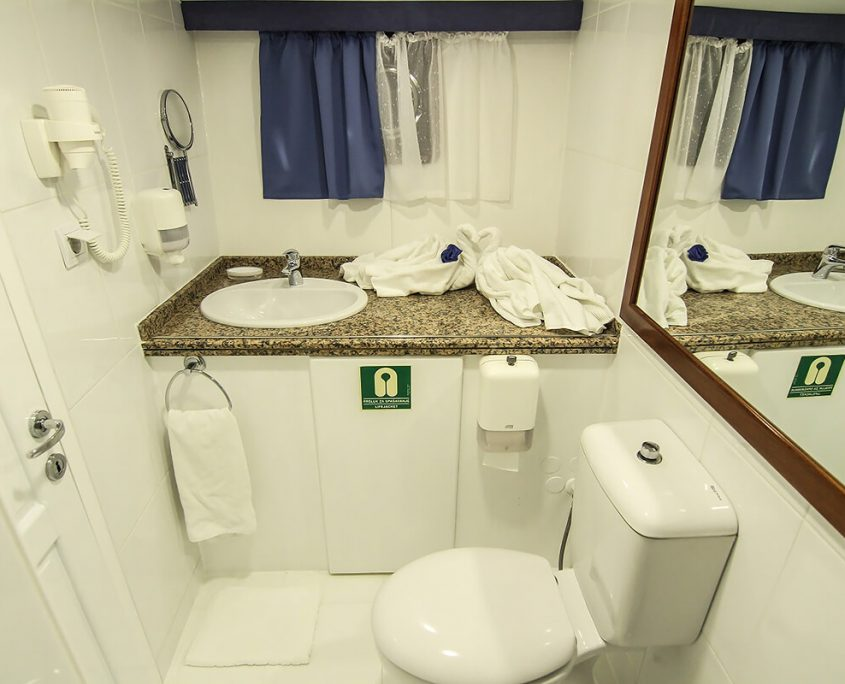 AURUM Bathroom