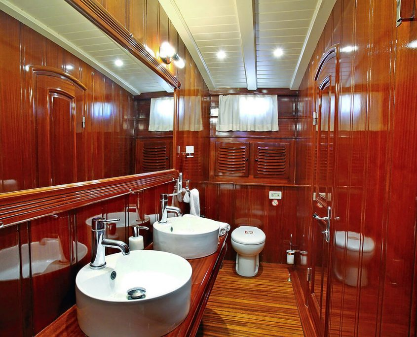 KAYA GUNERI PLUS Bathroom