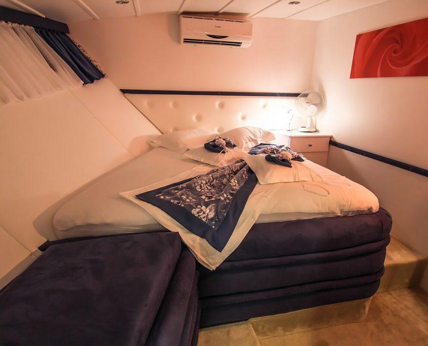 AURUM Double Cabin