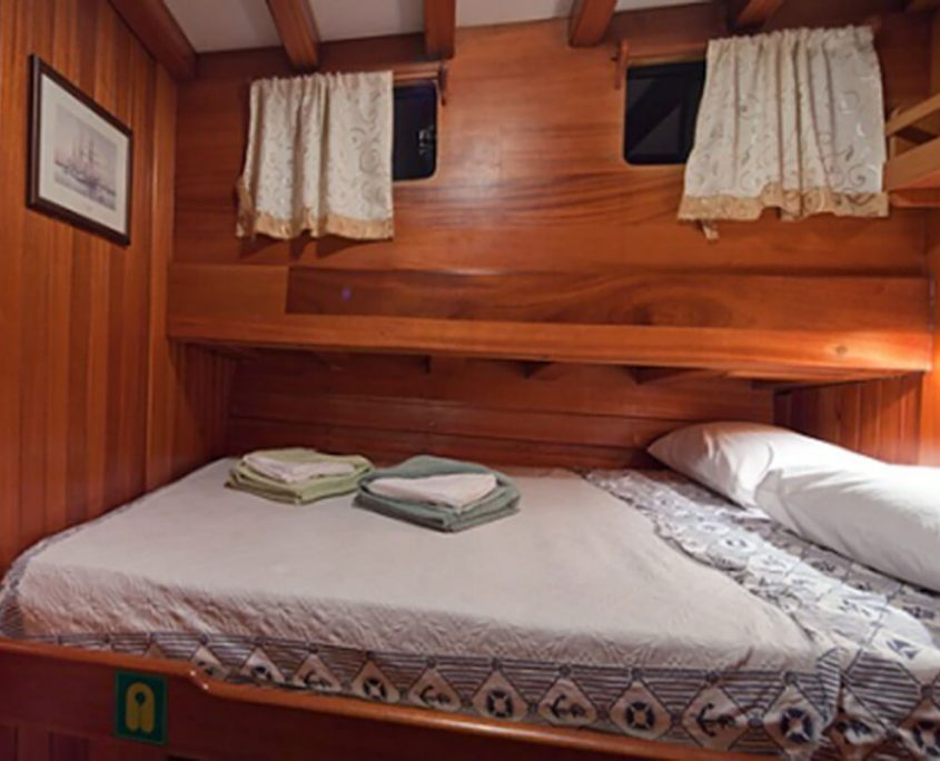 Double Cabin on Bonaventura