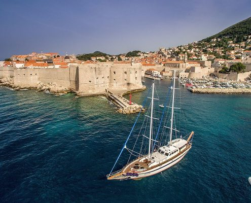 Gulet-Fortuna-in-Dubrovnik