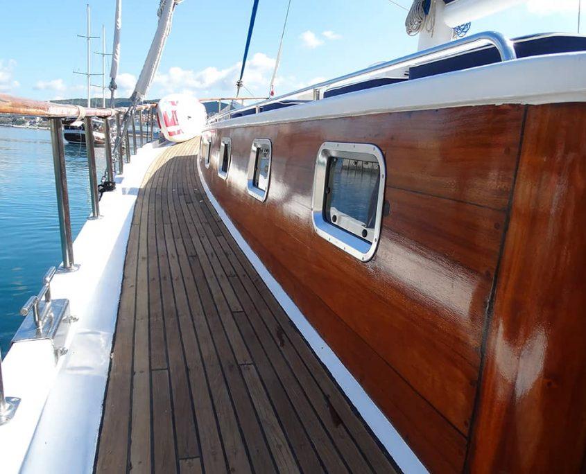 KADENA Side deck