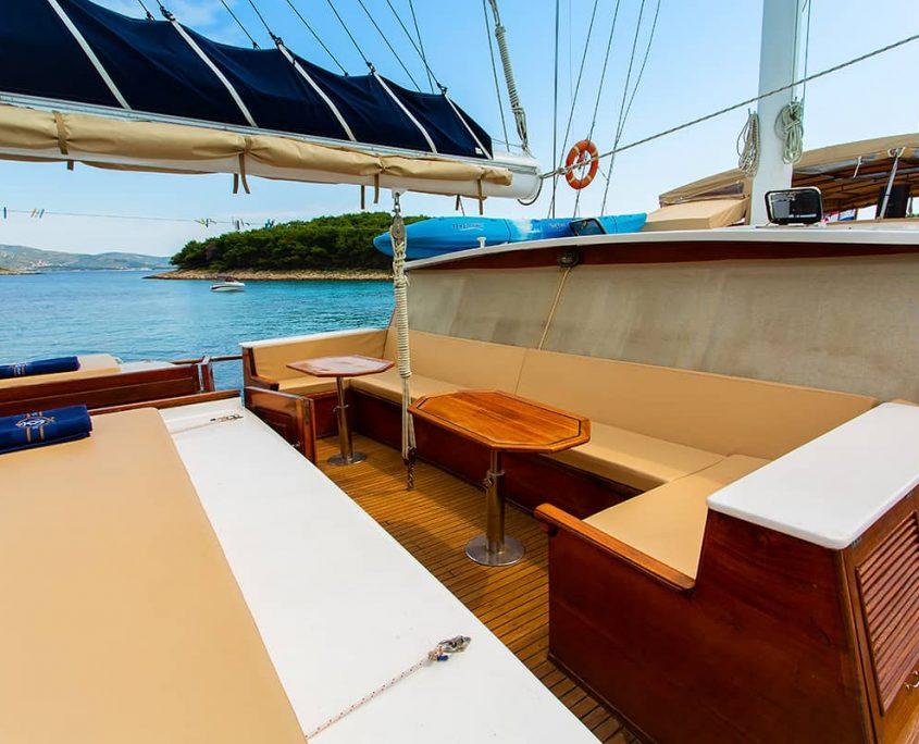 KADENA Sitting area on deck