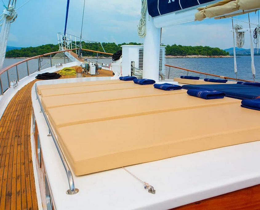 KADENA Sun deck