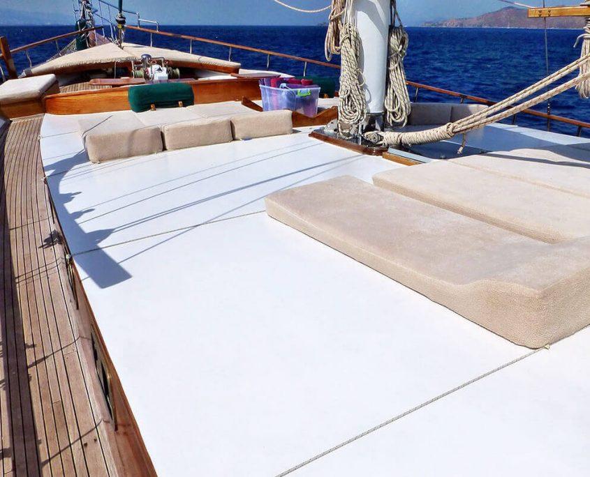 KAPTAN YILMAZ 3 Sun deck