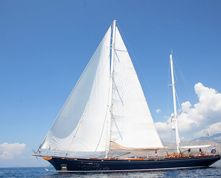 LAURAN Sailing