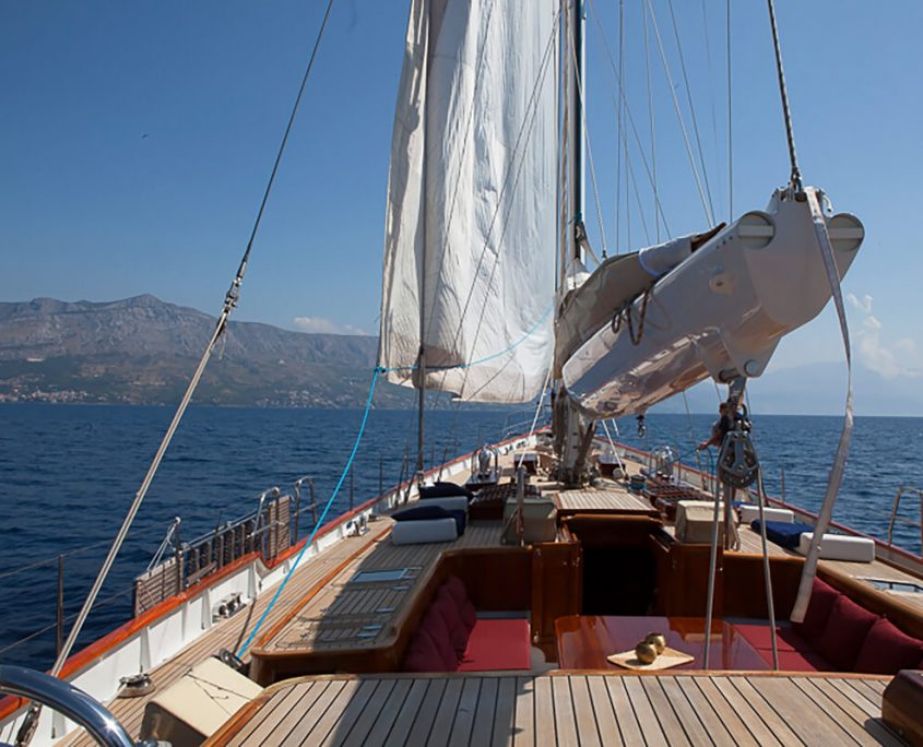 LAURAN Sun deck