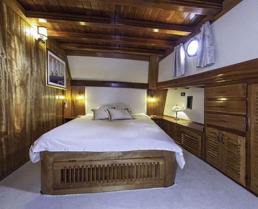 LIBRA Double Cabin