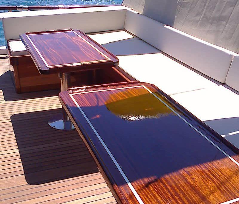 PERLA Sitting area on deck