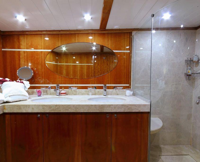 SILVERMOON Vip Bathroom
