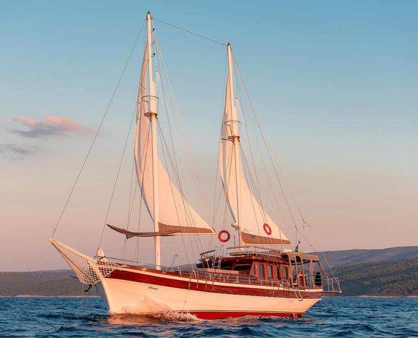 SLANO Sailing