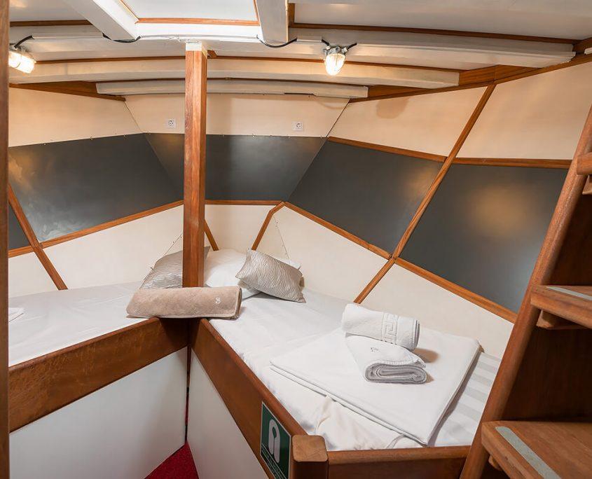 SLANO Twin Cabin
