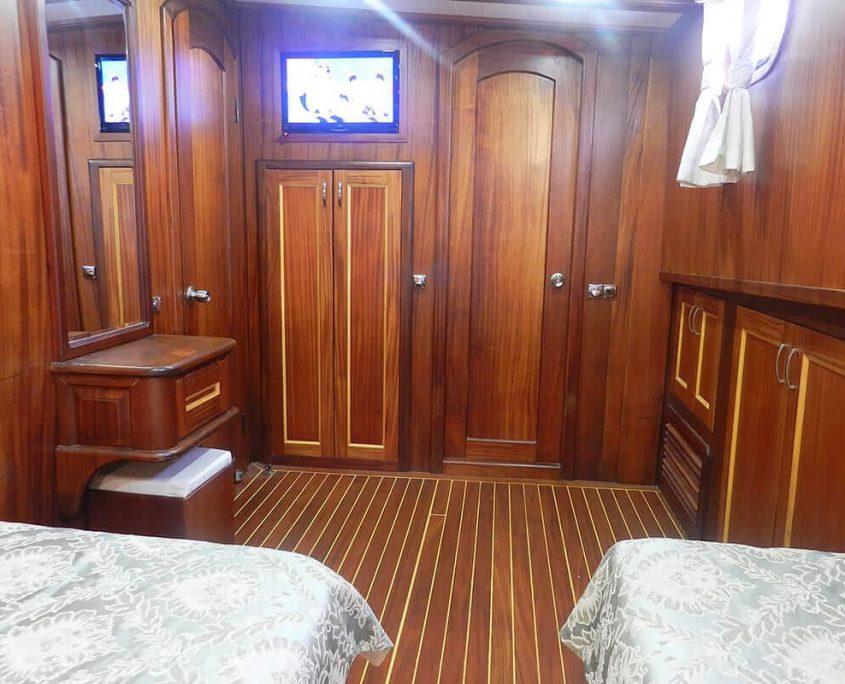 SMYRNA Cabin view