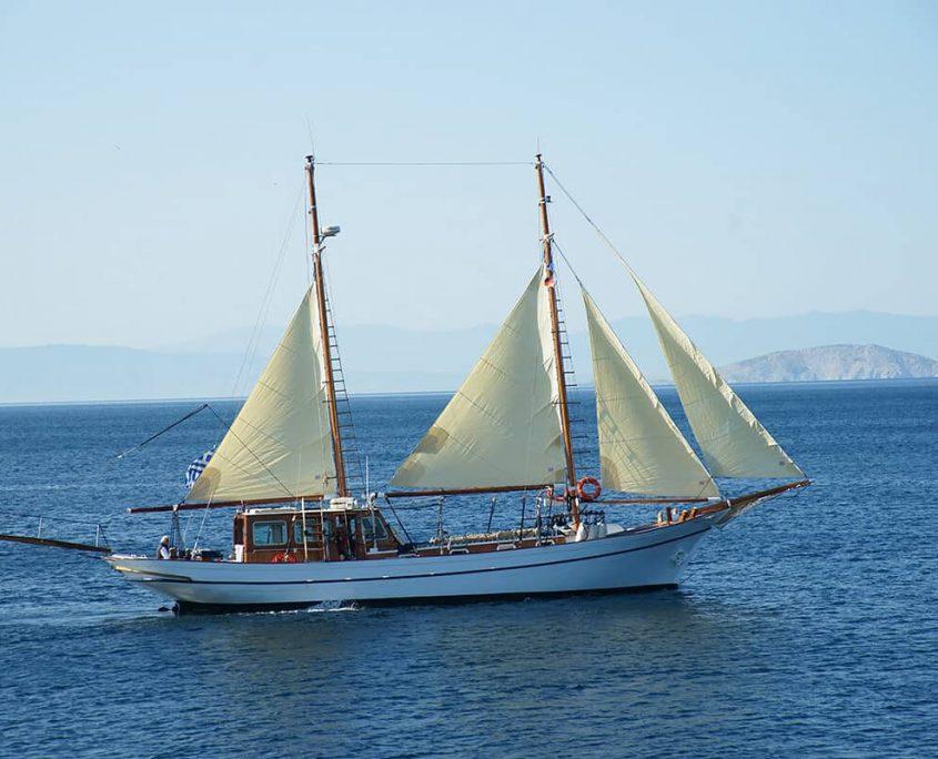 ELEFTHERIA Sailing