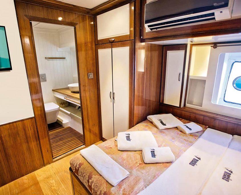 MASKE 2 Cabin ORKIDE