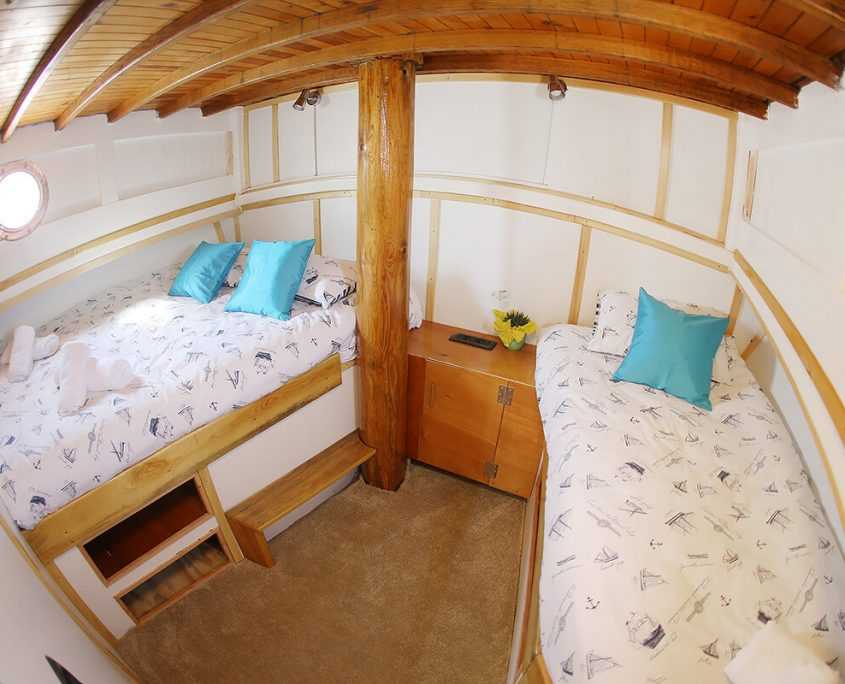 NEVIJANA Triple Cabin