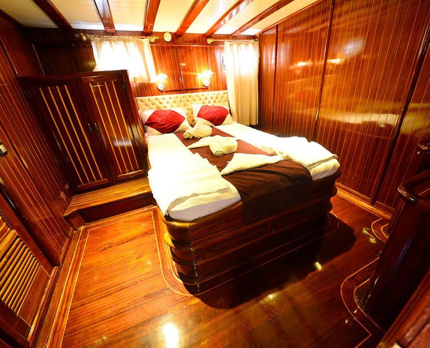 UGUR Cabin