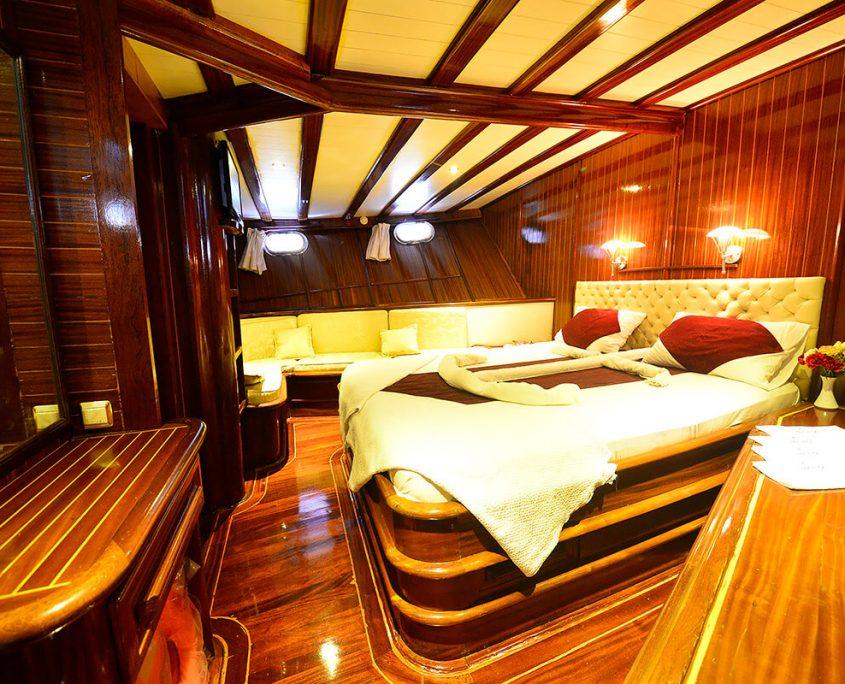 UGUR Cabin view