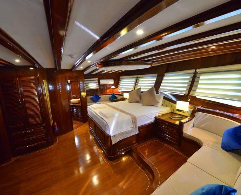 LYCIAN QUEEN Master cabin