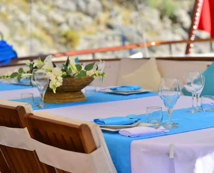 LYCIAN QUEEN Table decoration