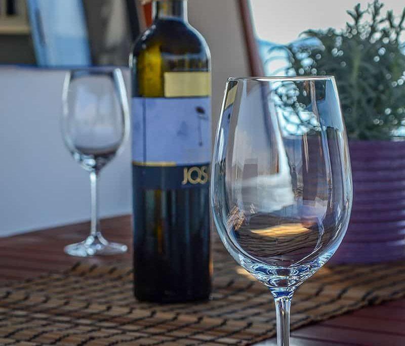 ANA 1 Wine tasting