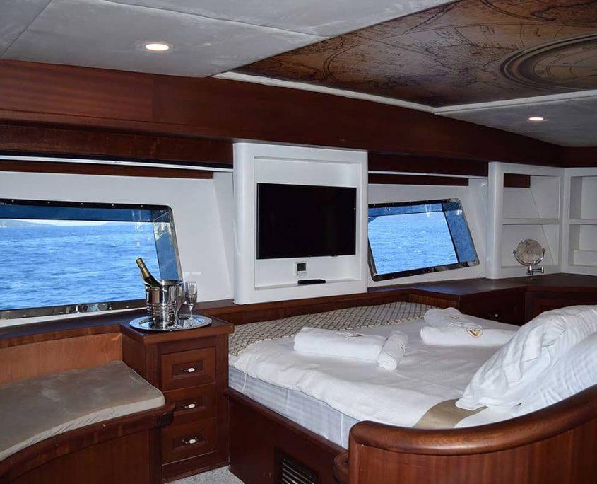 VIRTUOSO Master cabin