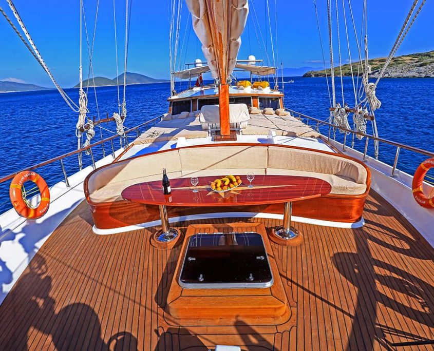 CEVRI HASAN 4 Front deck
