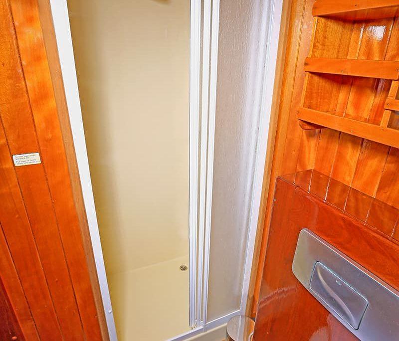 CEVRI HASAN 4 Shower box