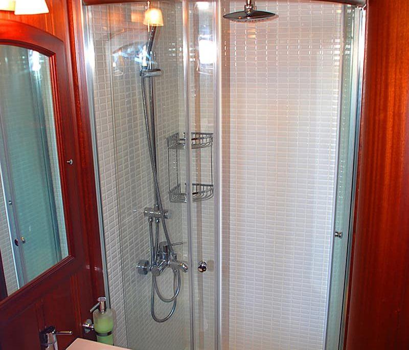 ATALANTE Shower