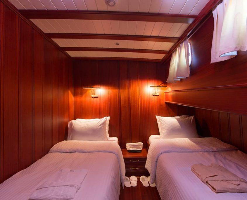 ATALANTE Twin cabin