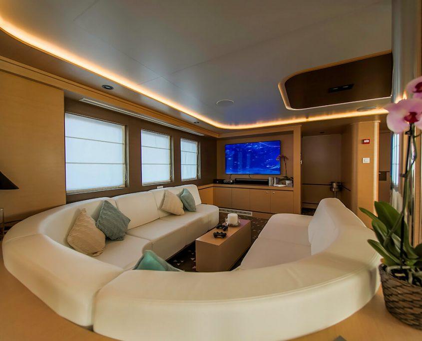 AIAXAIA Sitting area in Salon