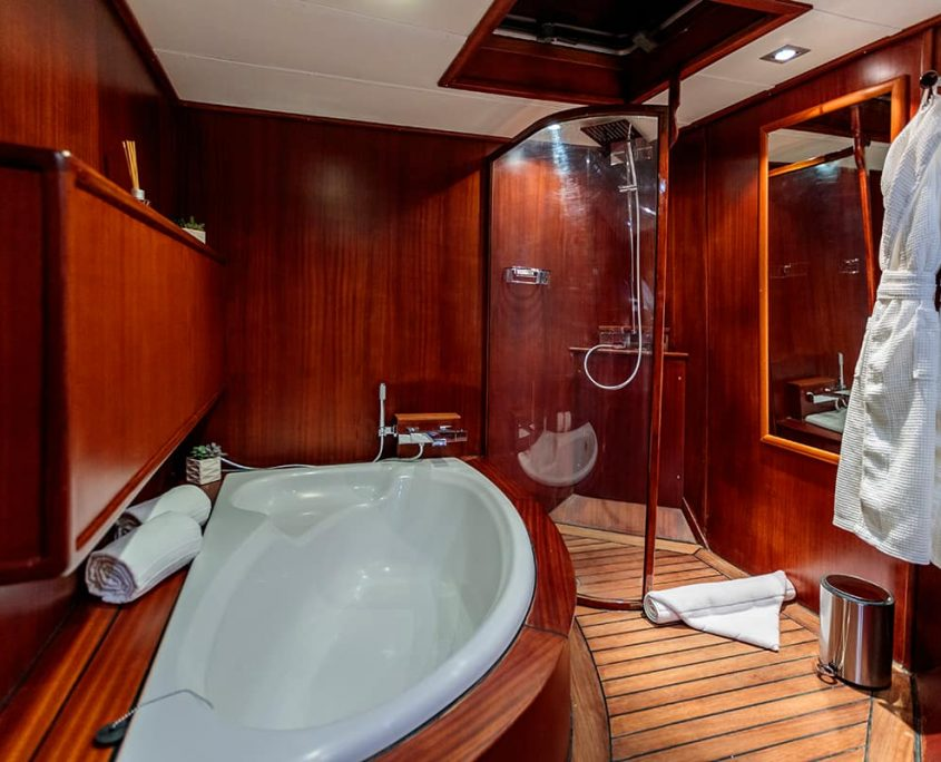 VITA DOLCE Bathroom