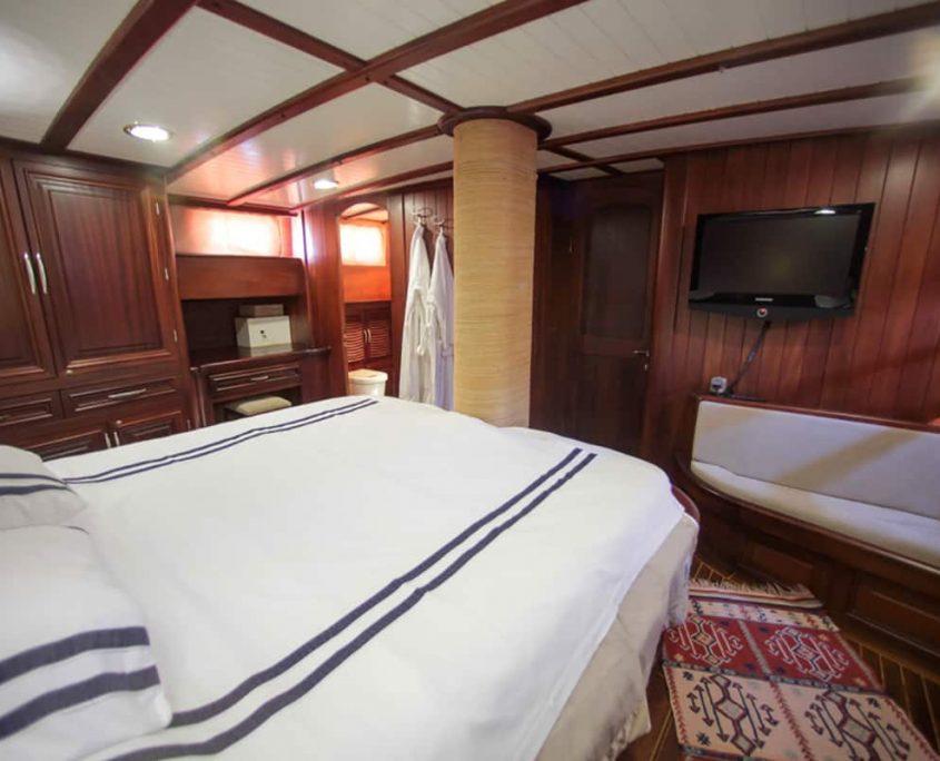 DULCINEA Master cabin