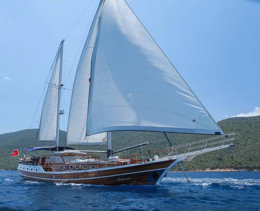 DULCINEA Sailing
