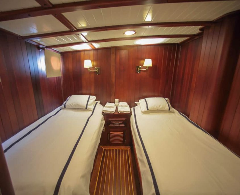 DULCINEA Twin cabin