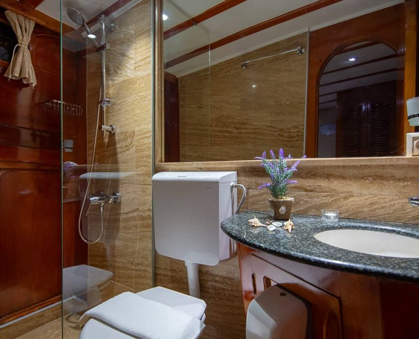 ELEGANZA Bathroom