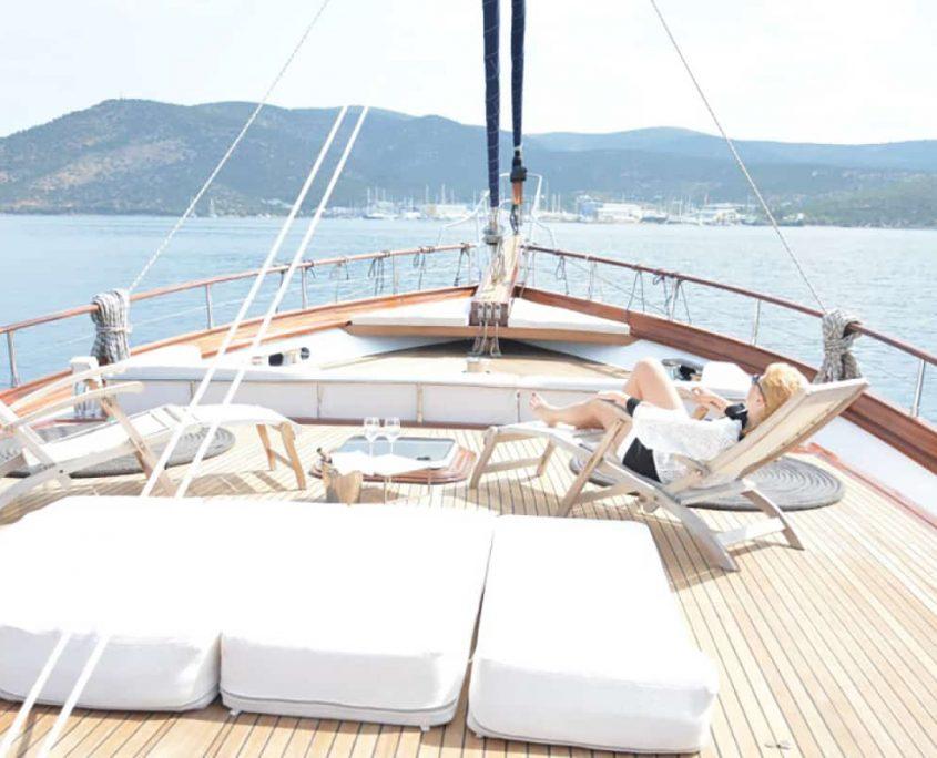 PAPA JOE Front deck