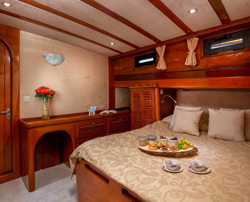 ELEGANZA Double cabin