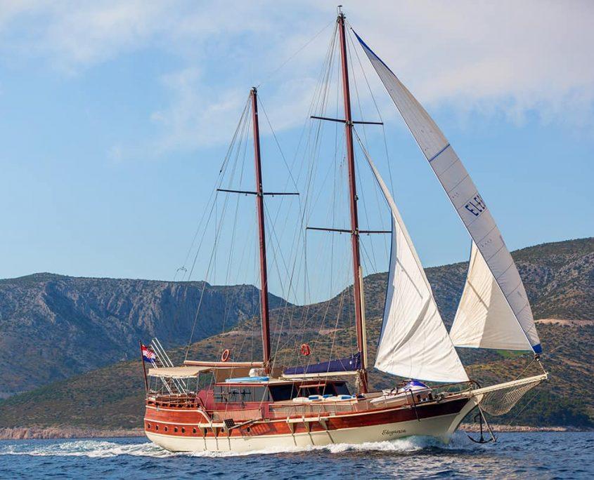 ELEGANZA Sailing